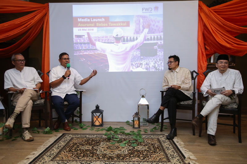 Cara Menabung Untuk Naik Haji Dengan FWD Life Bebas Tawakal