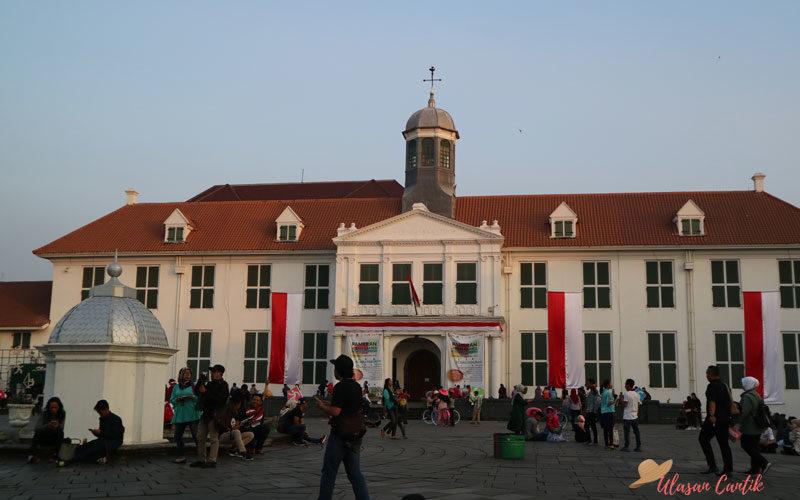 Mau Liburan ke Jakarta? Yuk Wisata Walking Tour ke Kota Tua